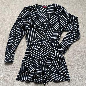 Black geometric patterned romper